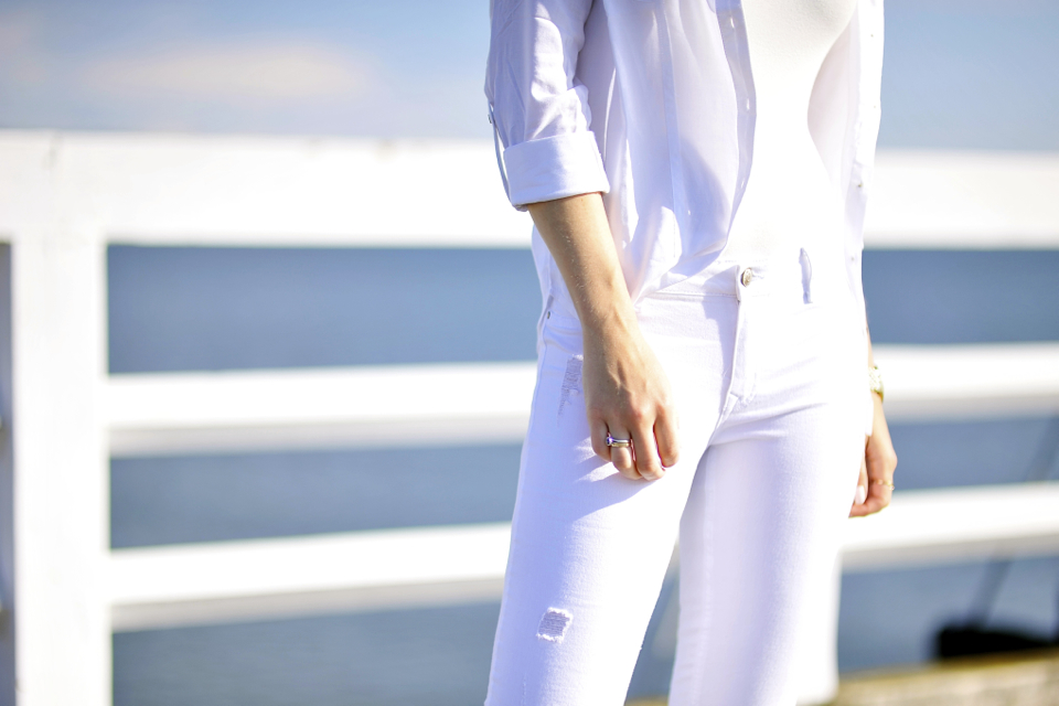 białe-spodnie-stylizacja
