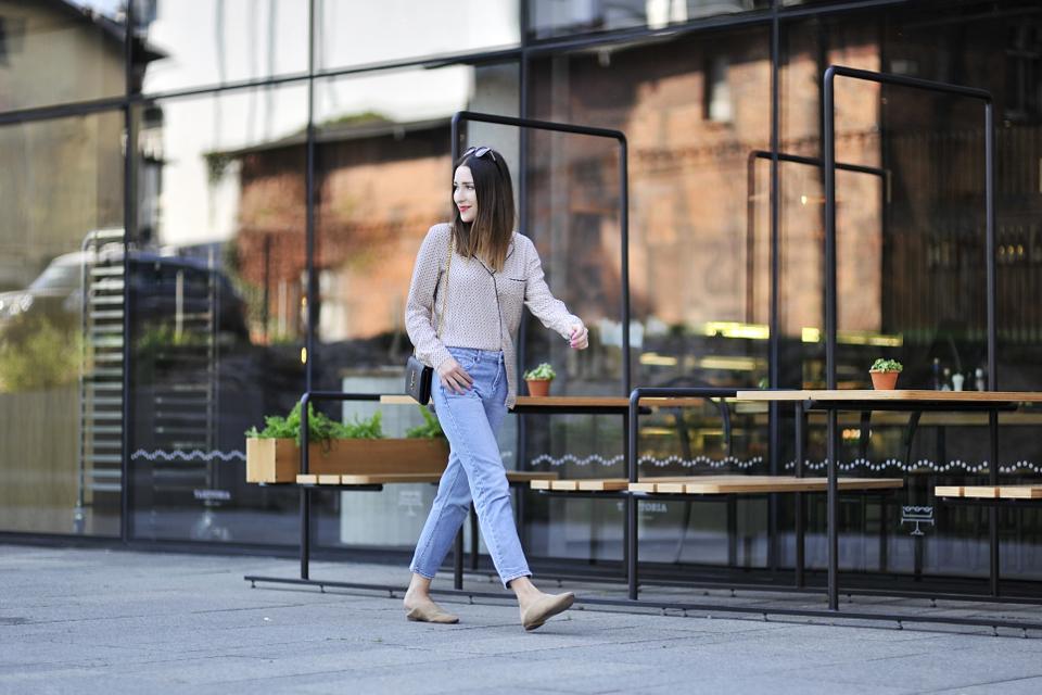 pajama-style-blouse-street-style