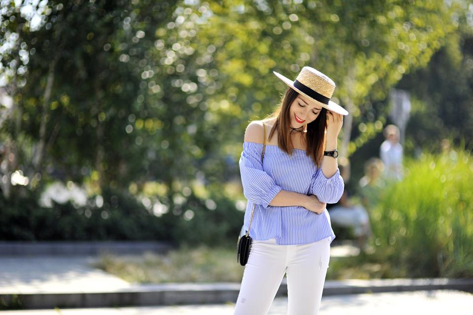 bluzka-z-dekoltem-hiszpańskim-stylizacja