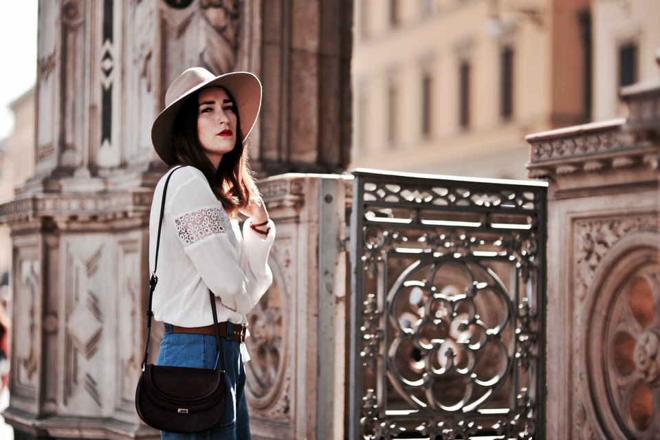 denim-culottes-outfit-street-style