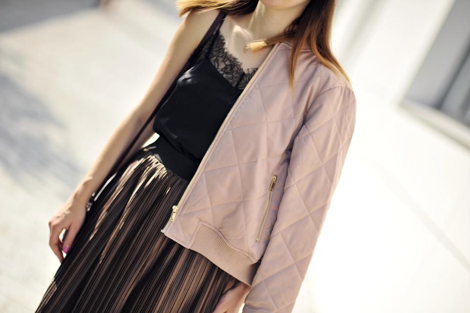 metallic-skirt-street-style