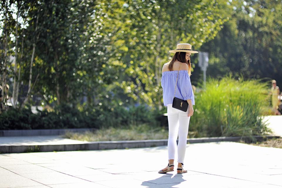 bluzka-bez-ramion-stylizacja