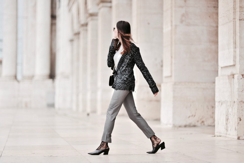 grey pants outfit