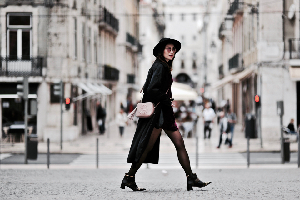 aksamitna-sukienka-gdzie-kupić