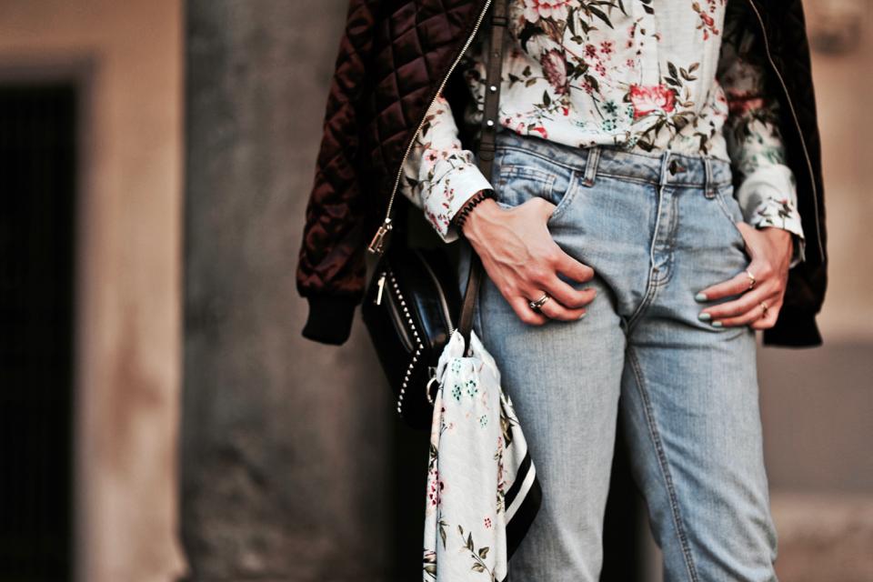 kwiecista-koszula-stylizacje