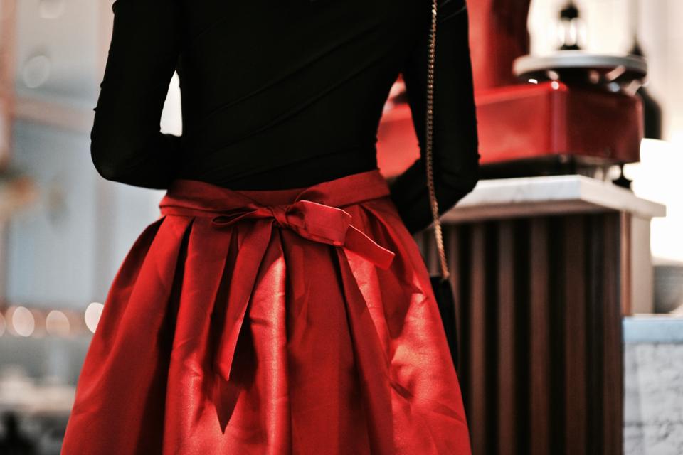 czerwona-spódnica-z-kokardą-stylizacja.jpg Decembe