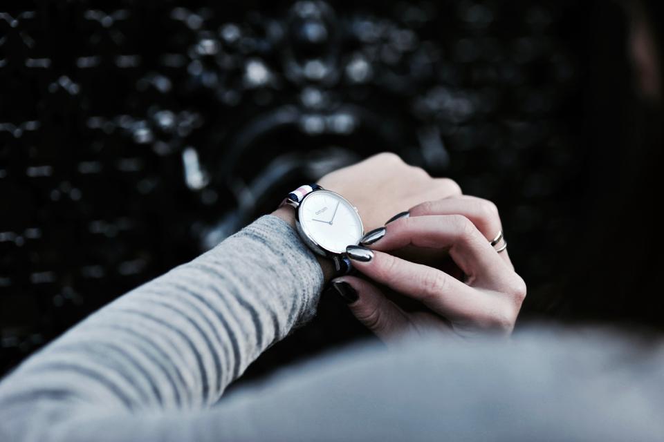 am-pm-zegarek