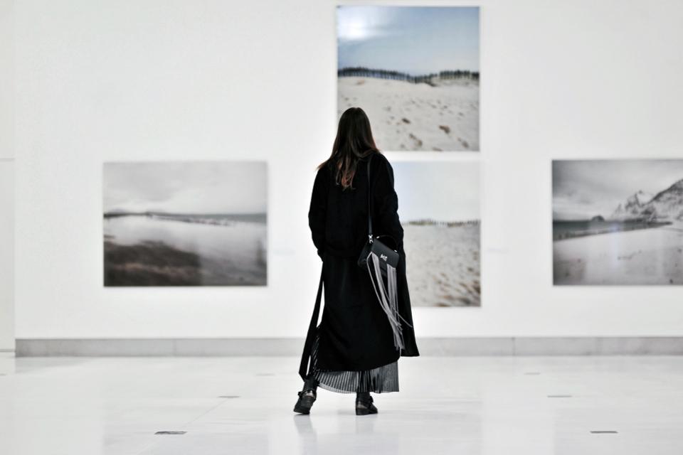milate-torebka-czarny-oversizowy-płaszcz