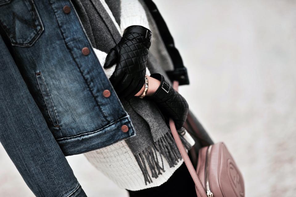 jeansowa-kurtka-jak-nosić