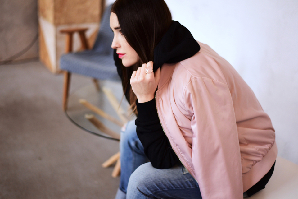 what-to-wear-with-pink-bomber-jacket