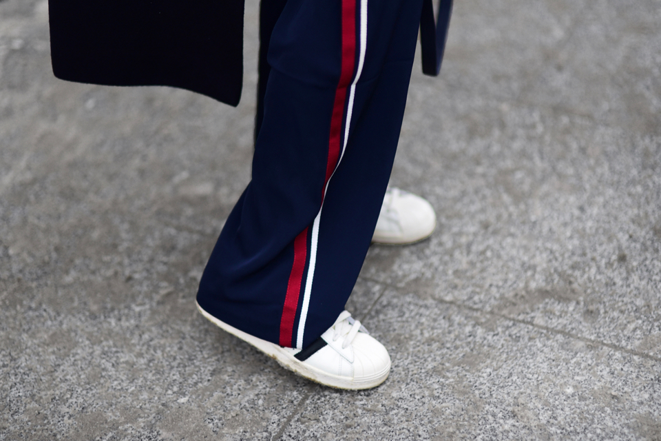 side-stripe-pants-street-style