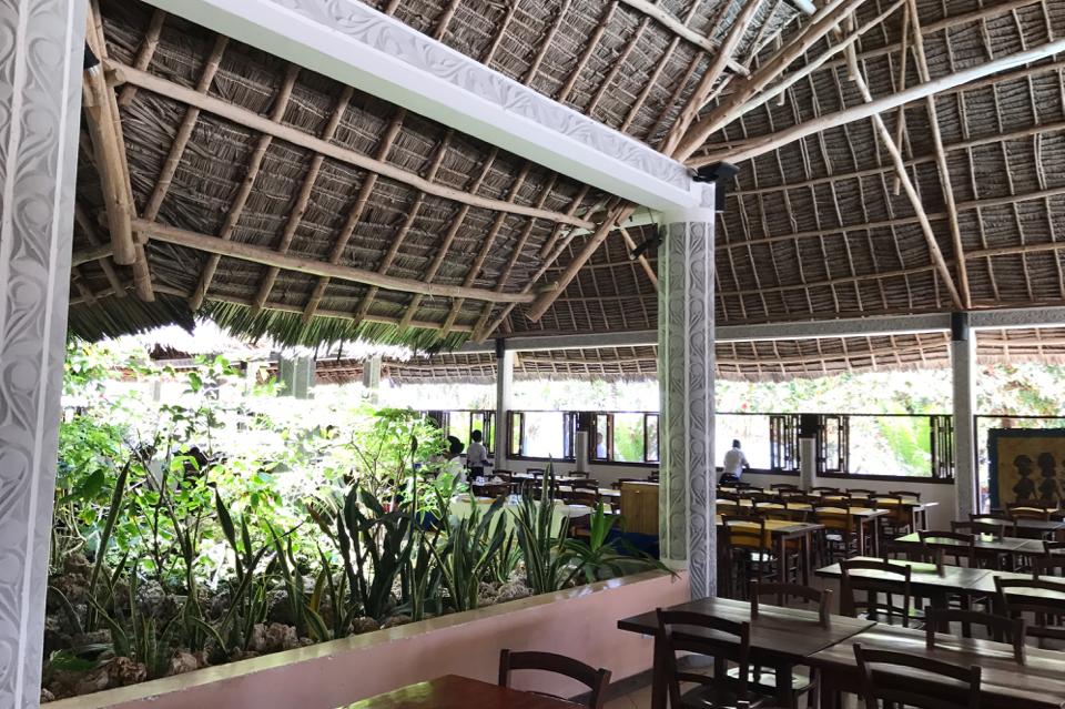 roa-bay-beach-resort-czy-dobre-jedzenie