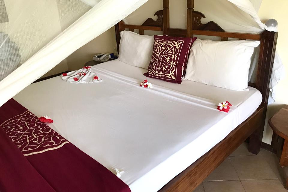 uroa-bay-beach-resort-jak-wyglądają-pokoje