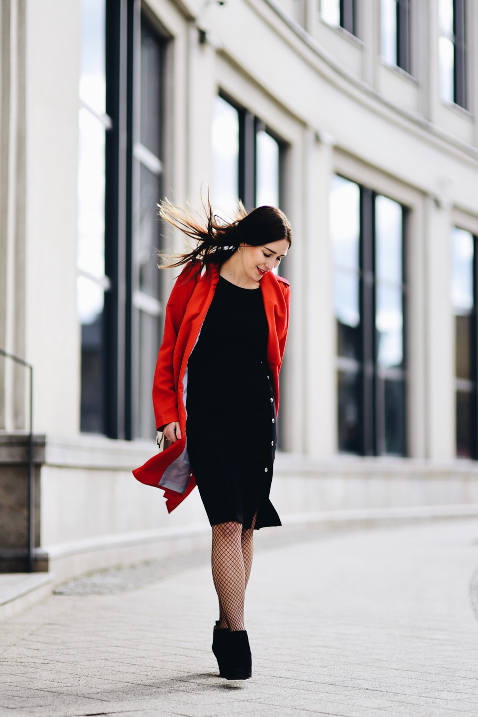 red-trench-coat-street-style