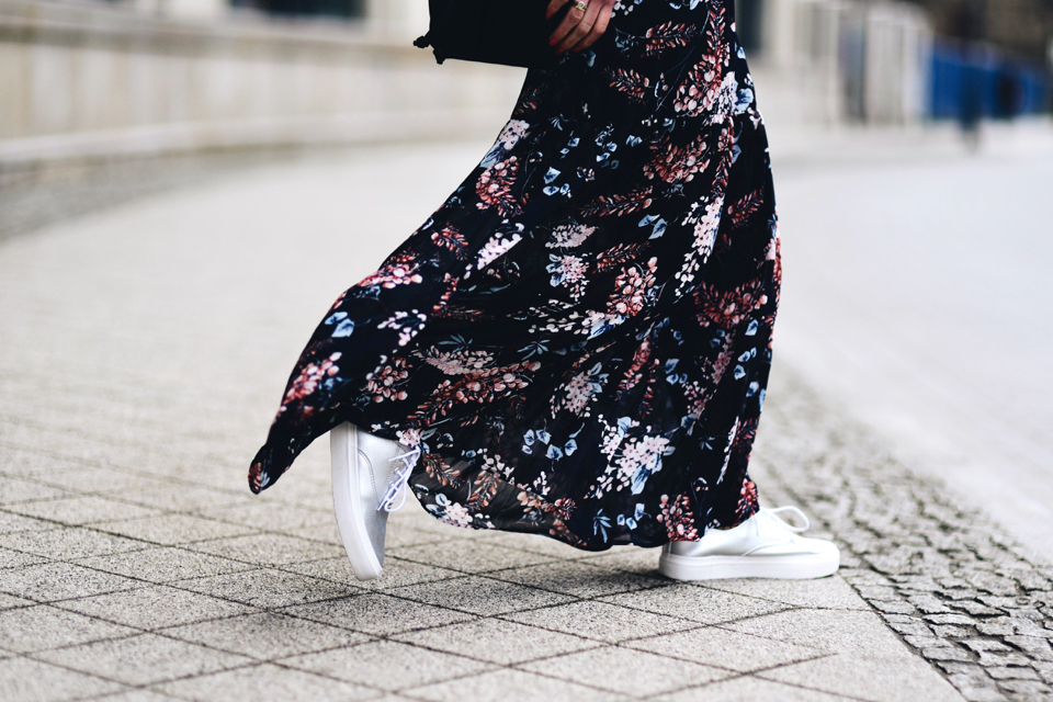 long-floral-dress-street-style