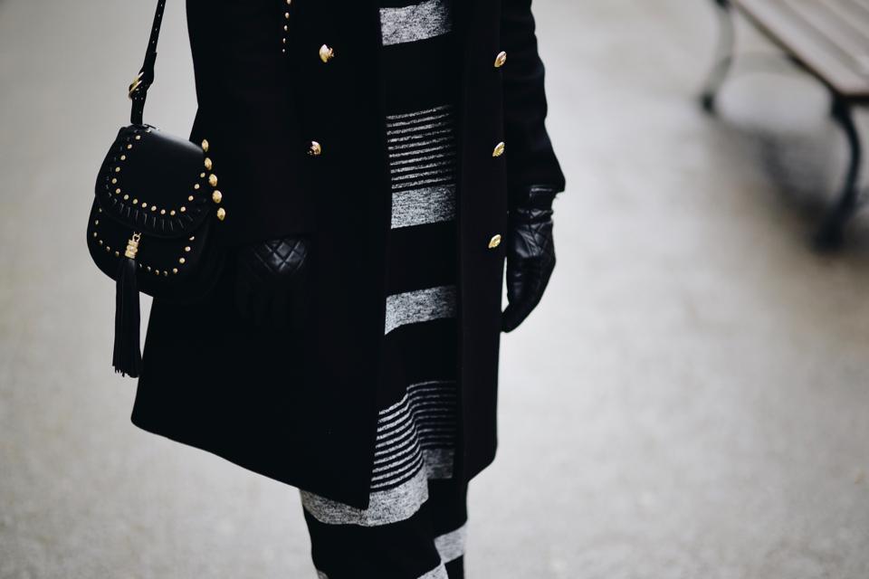 kabaretki-do-sukienki-jak-nosić-żeby-nie-wyglądać-wulgarnie