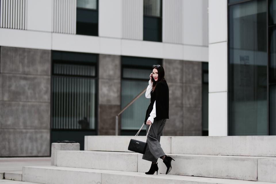 najgorętsze trendy-w-eleganckiej-stylizacji