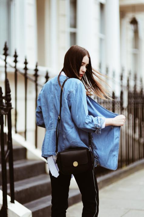 spodnie-z-paskami-z-boku-stylizacja