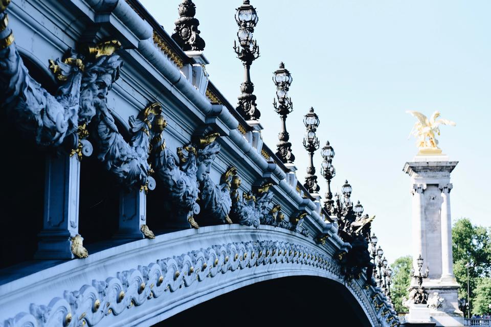 sesja-na-moście-aleksandra-paryż