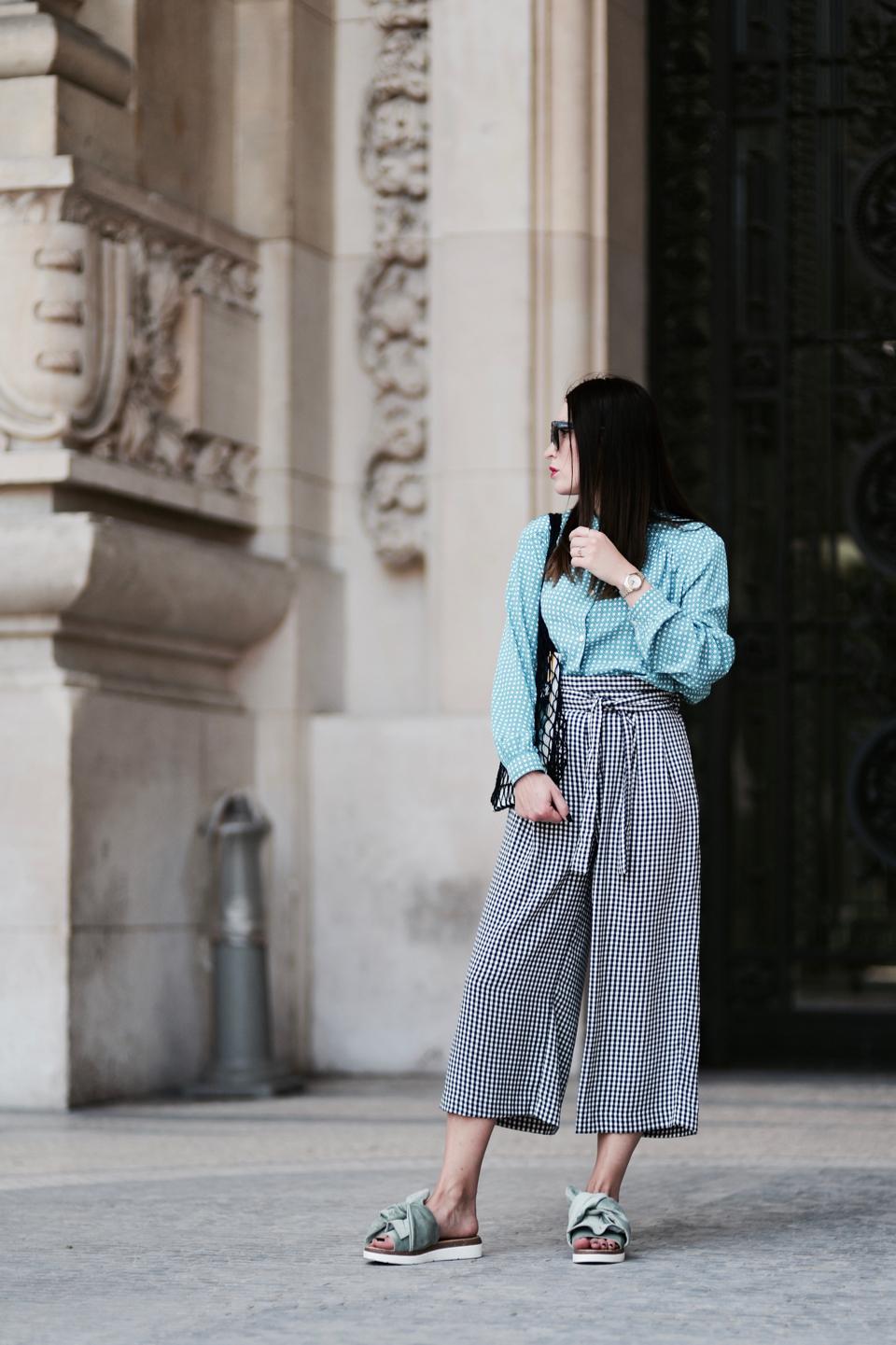bluzka-i-spodnie-we-wzory-jak-łączyć-czy-pasuje