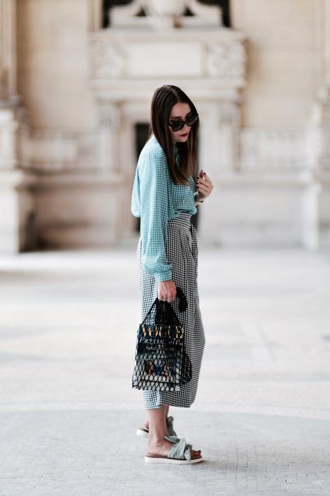 spodnie-w-kratę-gingham-jak-nosić