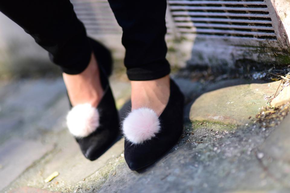 pompony-do-butów-buty-z-pomponami