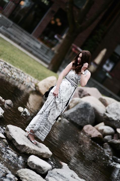 sukienka-boho-jak-nosić-strój-stylizacja-na-garden-party