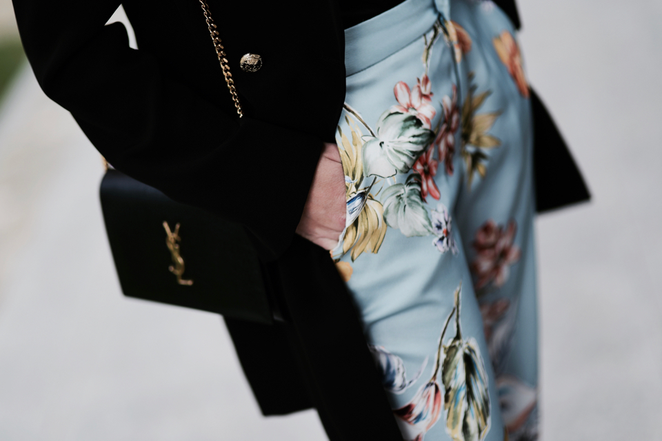 floral print pants street style street fashion outfit idea