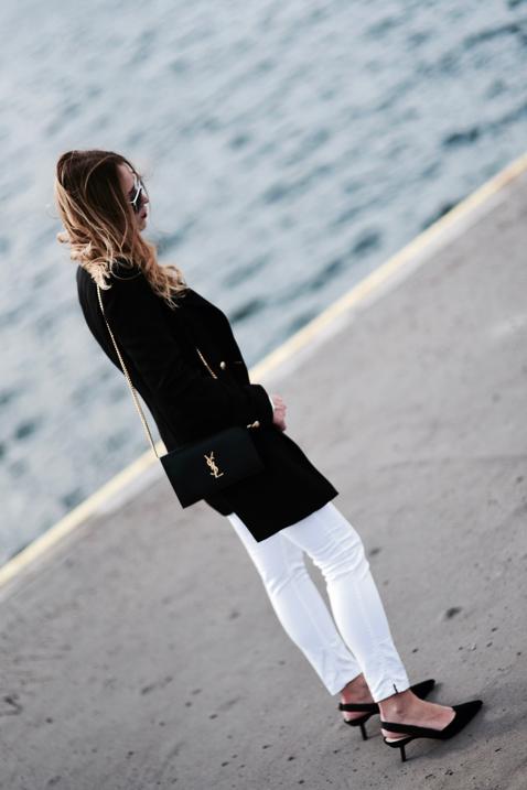 białe-jeansy-elegancka-stylizacja