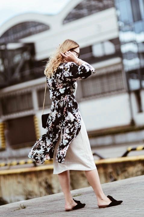 kimono-w-kwiaty-stylizacja