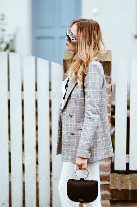 checkered-jacket-street-style-street-fashion-outfit-idea