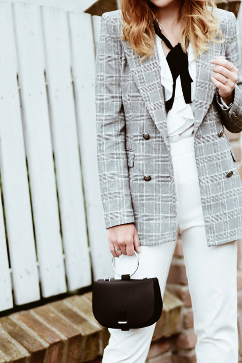 checked-blazer-street-style-street-fashion-outfit-idea