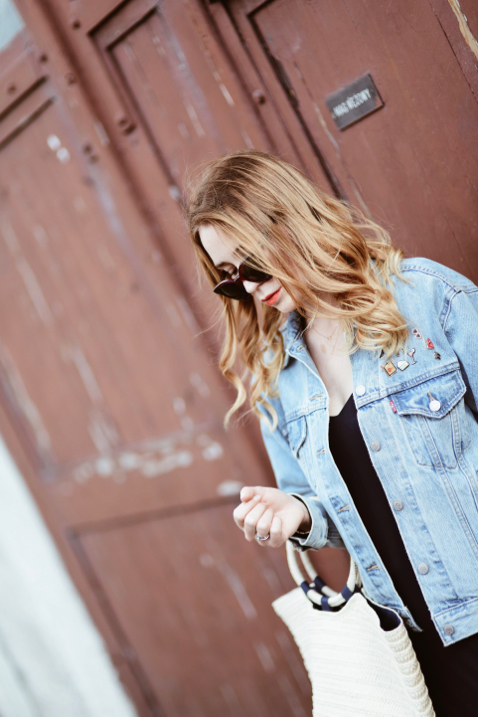 denim-jacket-slip-dress-basket-outfit-street-style-street-fashion