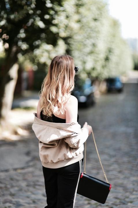 spodnie-z-lampasem-stylizacje
