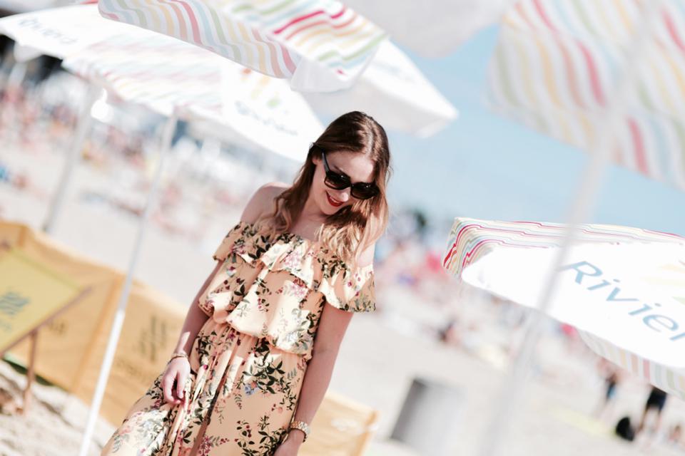 długa-sukienka-w-kwiaty-stylizacja