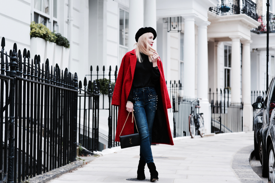 beret-w-stylizacji-czerwony-płaszcz-stylizacje