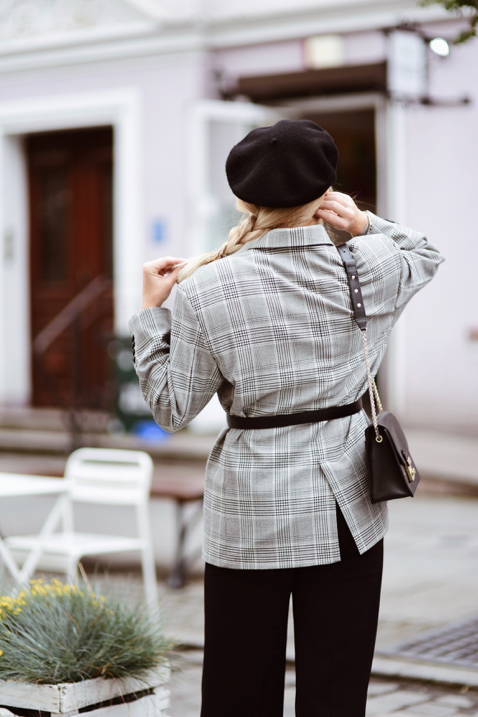 checked-jacket-outfit-street-style