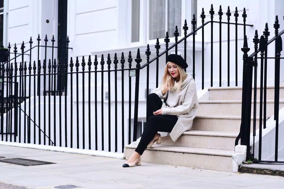 beige-and-black-shoes-two-toned-shoes-outfit