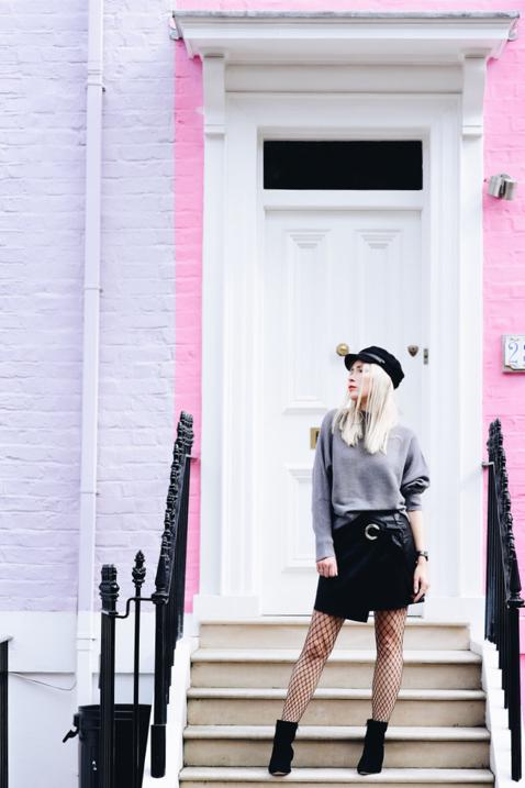 szeroki-sweter-do-spódnicy-jak-nosić