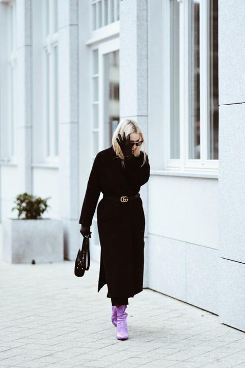 czym-ożywić-czarny-płaszcz-stylizacja-stylizacje