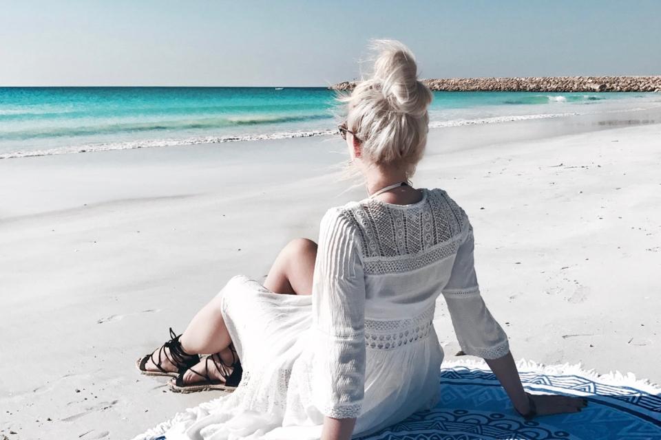 okrągły-ręcznik-gadżet-do-wakacyjnych-zdjęć
