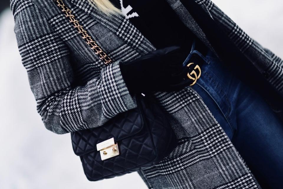zimowa-stylizacja-na-zimę-płaszcz-w-kratę-do-czego-nosić-jak-nosić-jak-zestawić