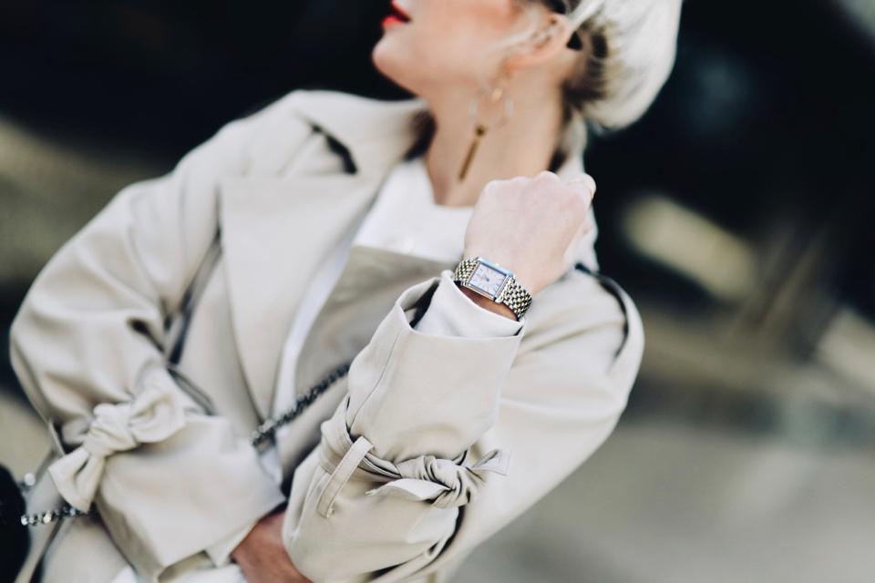 zegarek-elixa-na-bransolecie-stylizacja