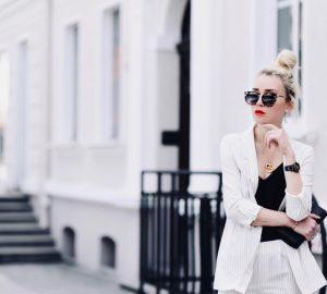 biały-komplet-na-lato-biały-garnitur-stylizacja-jak-nosić