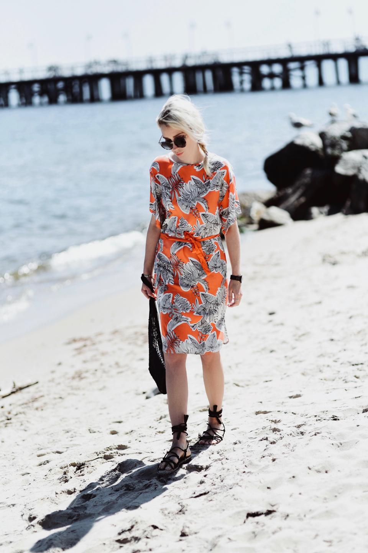 10-pomarańczowa-sukienka-jak-nosić-stylizacje-kappahl-stylizacja - 1