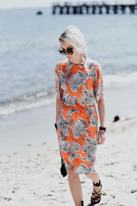 pomarańczowa-sukienka-jak-nosić-stylizacje-kappahl-stylizacja