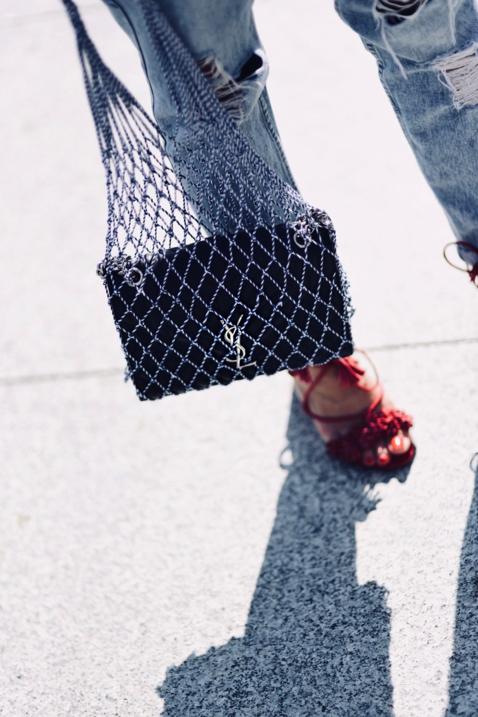 torebka-siatka-z-prl-jak-nosić-net-bag-street-style