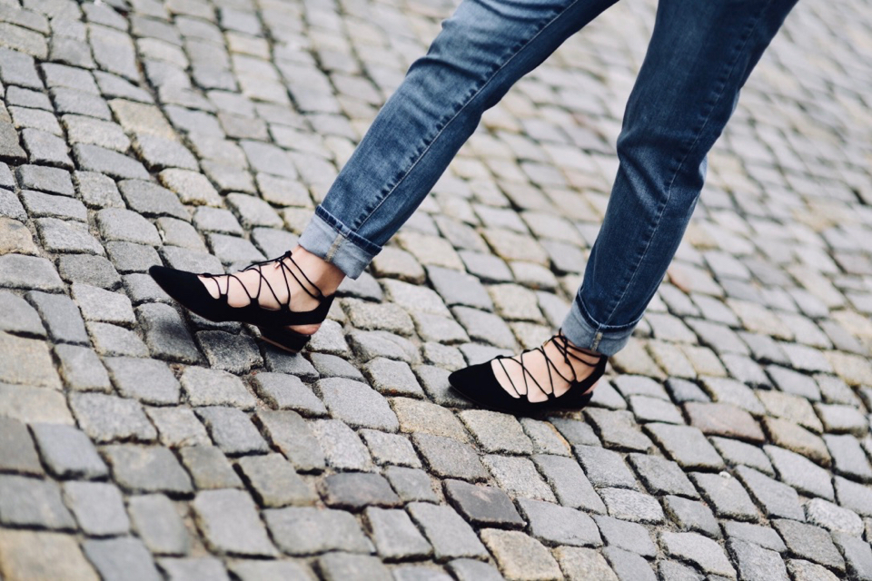 ekologiczne-jeansy-spodnie-kappahl-sustainable-stylizacja