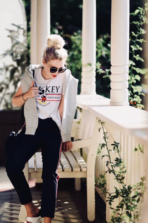 dziecinne-motywy-na-ubraniach-moda-stylizacja-z-myszką-mickey