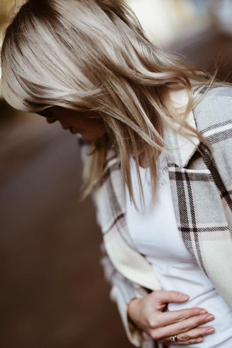 płaszcz-w-kratę-stylizacja-kraciasty-płaszcz-na-jesień-stylizacje